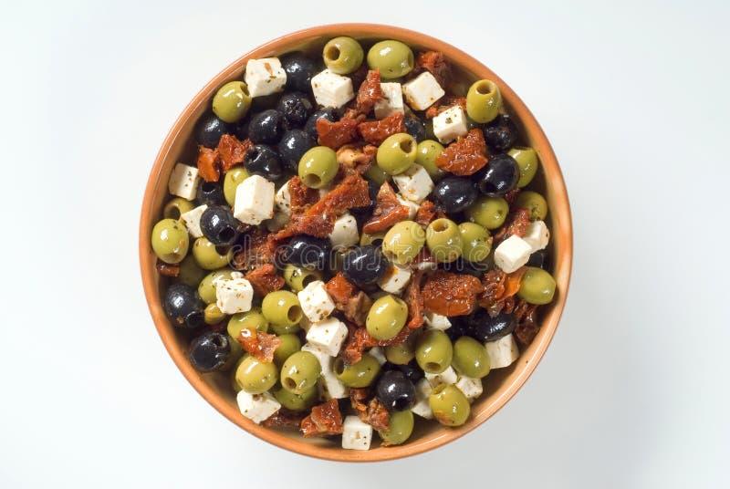 Olives avec du feta et les tomates sèches photo stock
