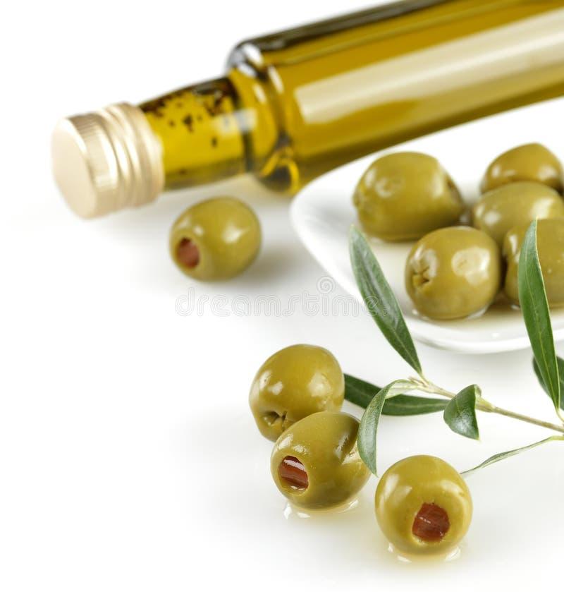 Olives bourrées par vert photos stock
