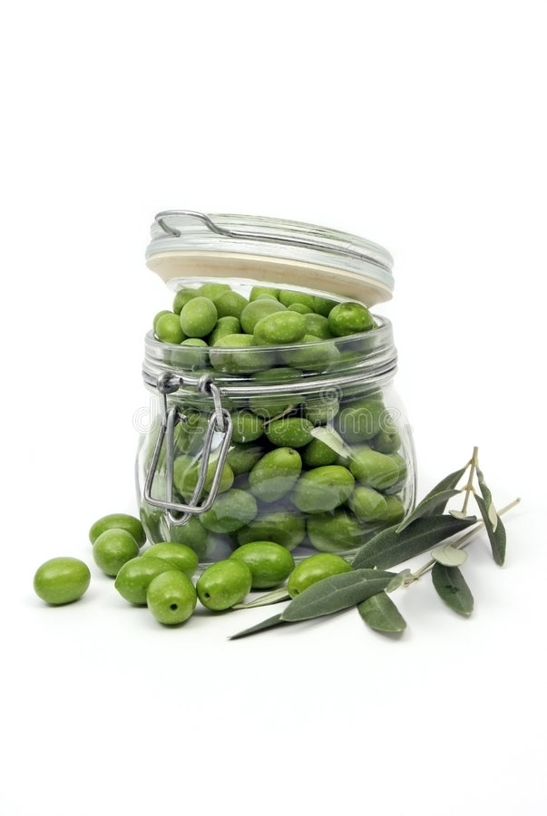 Olives dans un choc photos stock
