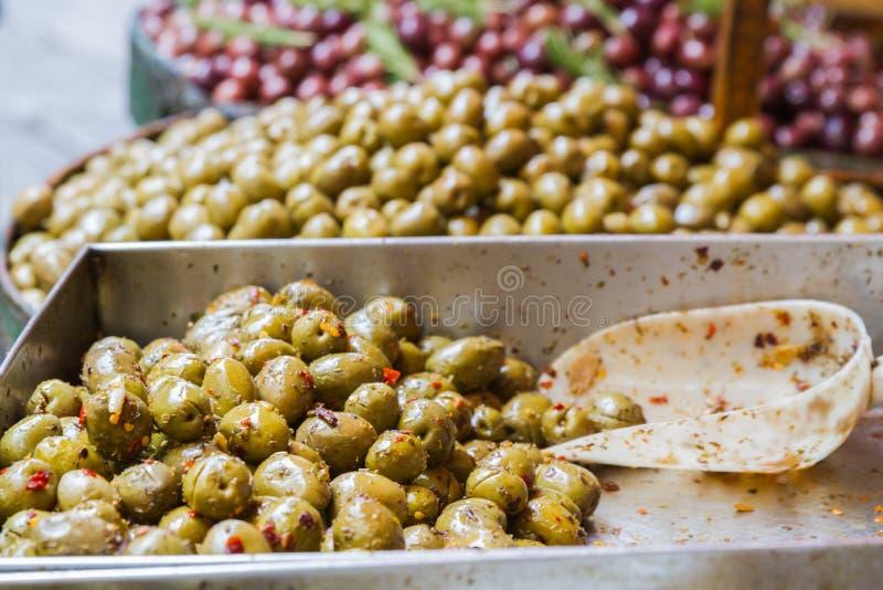 Olives en vrac image stock