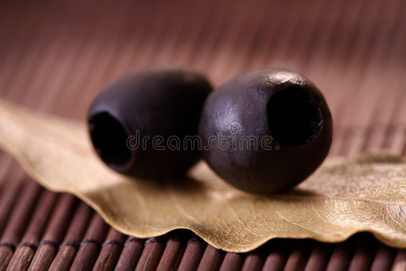 Olives noires images stock