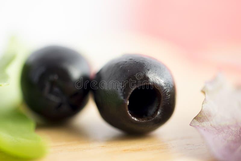 Olives noires dénoyautées photos libres de droits