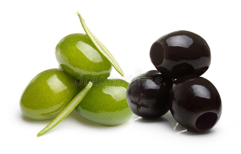 Olives vertes et noires photo libre de droits