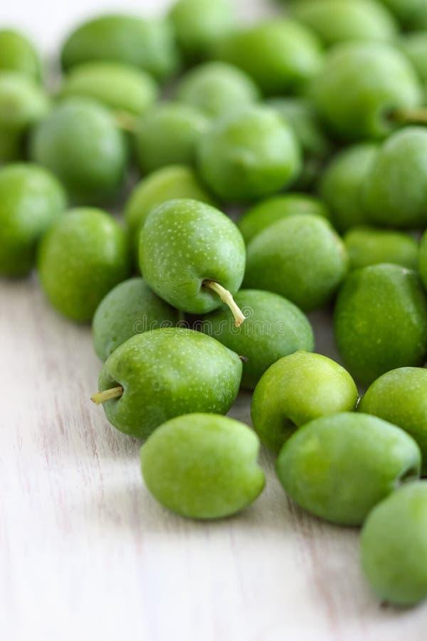 olives vertes fraîches photo stock