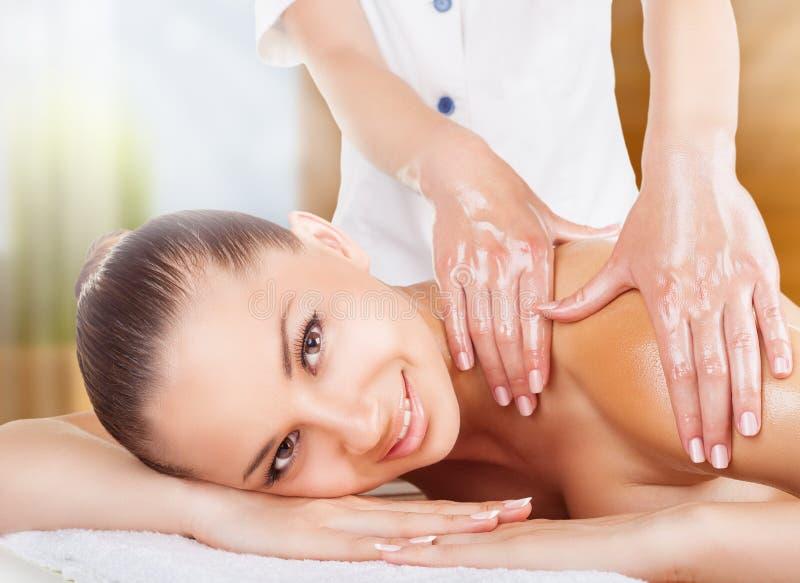 Olje- massage royaltyfria foton