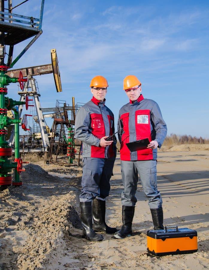 Oljefältarbetare arkivbilder