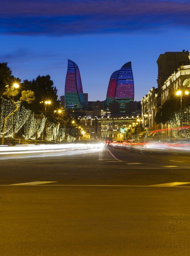 Oljekannautsikt i Baku royaltyfria bilder