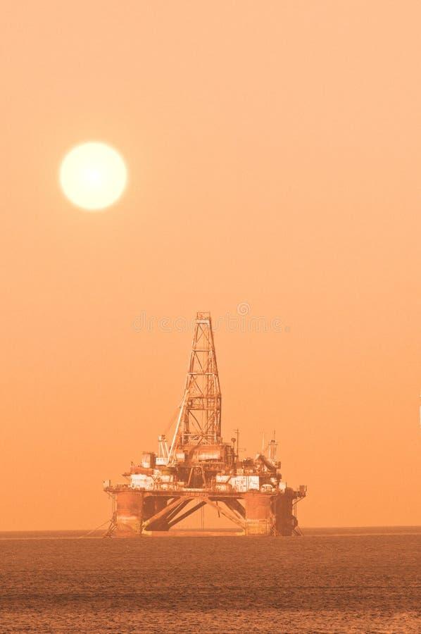 oljeplattform royaltyfri fotografi