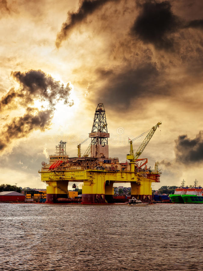 Oljeplattform i Norge arkivfoto