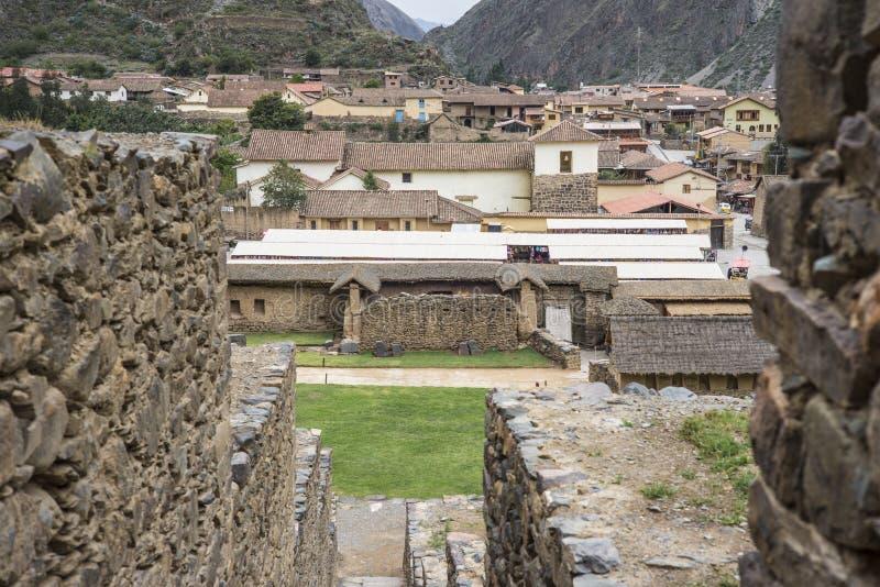 Ollantaytambo - fortaleza y ciudad viejas del inca en Perú imagen de archivo libre de regalías