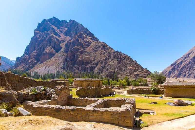 Ollantaytambo Peru, Inca fördärvar och den arkeologiska platsen i Urubamba, Sydamerika. arkivbild