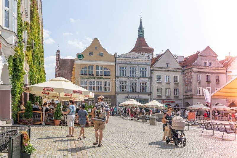 Olsztyn, Πολωνία - Αύγουστος 2019: Olstzyn Allenstein, πλατεία Χόλστιν Παλαιά Πόλη το καλοκαίρι στοκ φωτογραφία με δικαίωμα ελεύθερης χρήσης