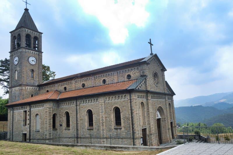 Oltrepo Pavese Włochy, Nostra SIgnora Di Montelungo, historyczny c fotografia royalty free