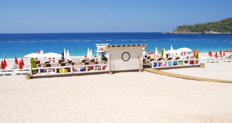 Oludeniz Strand in der Türkei lizenzfreie stockfotos