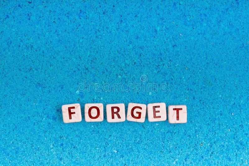 Olvide la palabra en piedra fotos de archivo libres de regalías