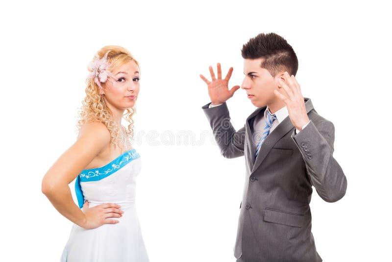Olyckligt bröllop kopplar ihop att argumentera royaltyfria bilder