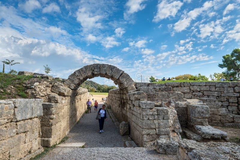 Olympia forntida stadion i Grekland royaltyfri fotografi