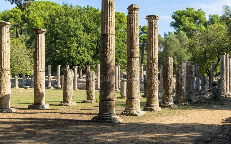 Olympia Grekland - Oktober 31, 2017: Fördärvar av den forntida Olympia, Peloponnesus, Grekland fotografering för bildbyråer