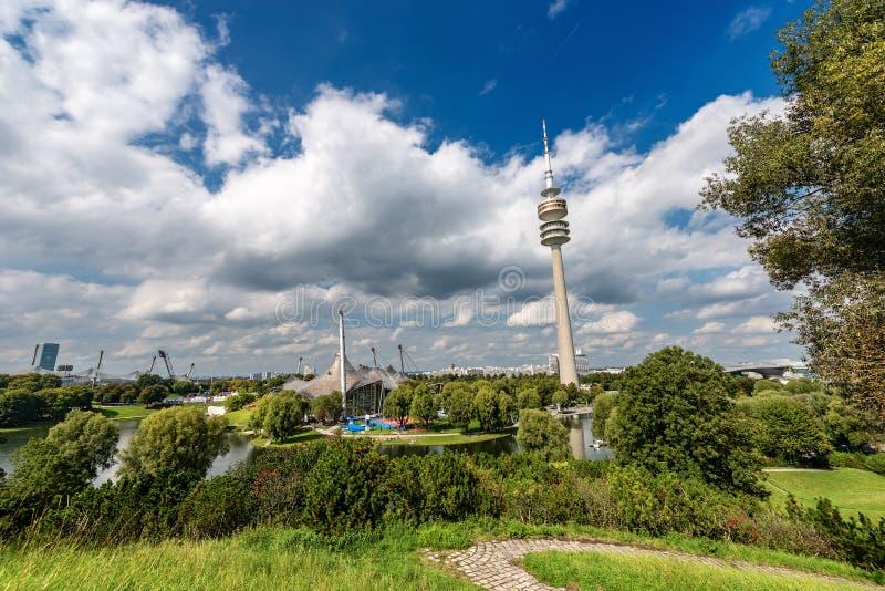 Olympiapark - олимпийский парк в Мюнхене Германии стоковое фото