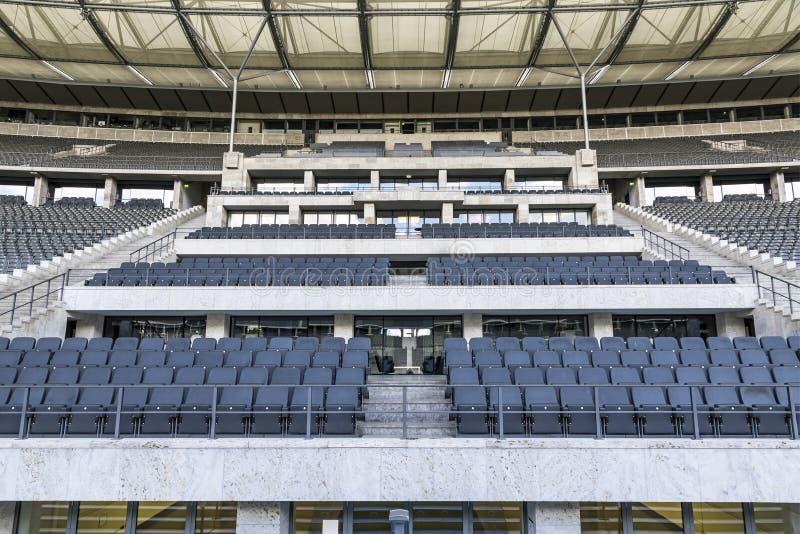 Olympiastadion lo Stadio Olimpico a Berlino, Germania fotografia stock libera da diritti