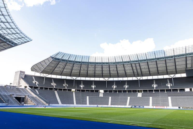 Olympiastadion Olympic Stadium i Berlin, Tyskland royaltyfri bild