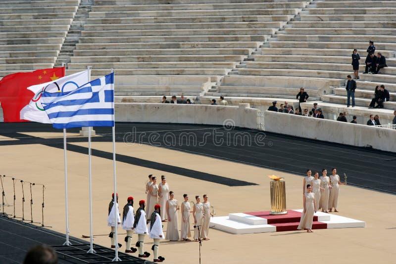 olympic fackla för ceremonihandover arkivfoton