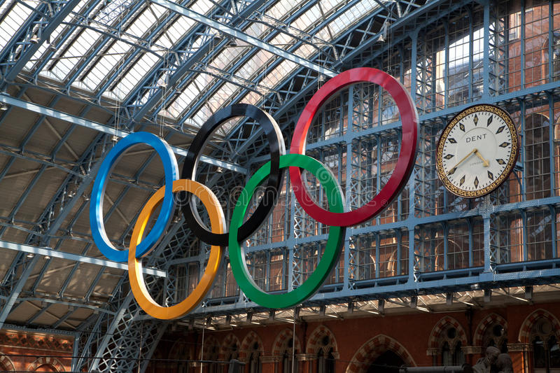 Download Olympic Rings London 2012 editorial stock photo. Image of ring - 26108188