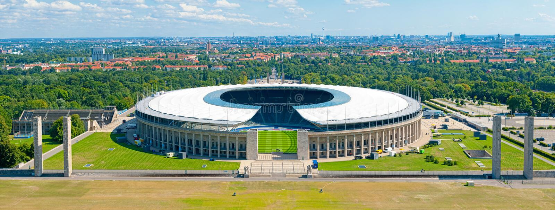 Olympic Stadium i Berlin royaltyfria bilder