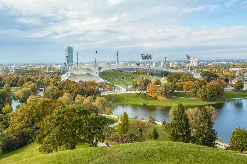 Olympic Stadium i Olympiapark, Munich, Tyskland royaltyfria foton