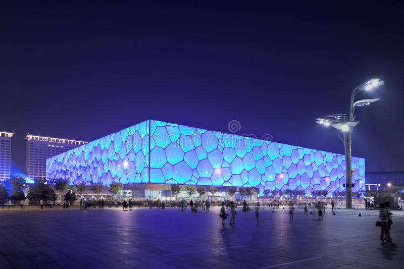 Olympischer Wasser-Würfel Pekings nachts, China lizenzfreie stockbilder