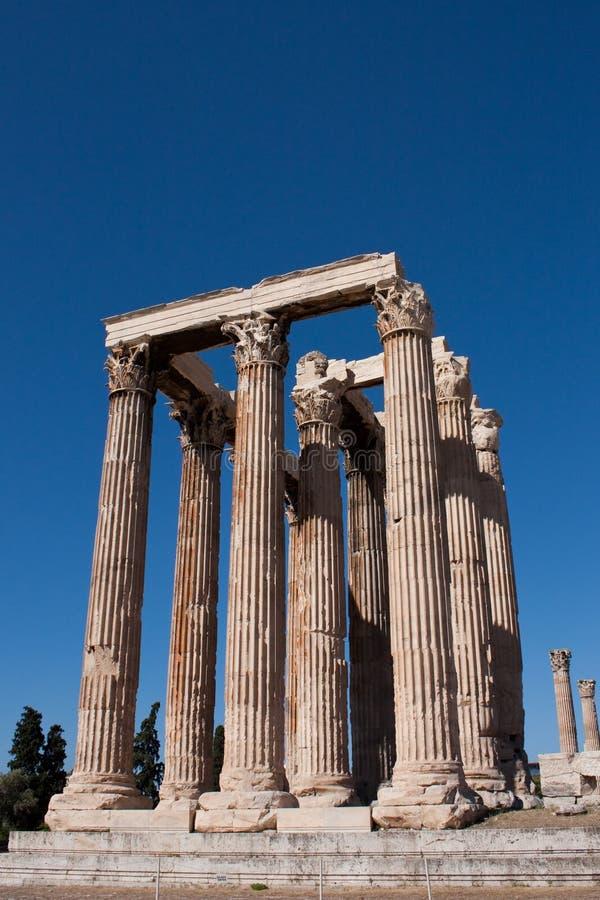 Olympisk Zeus tempel i Aten arkivbilder
