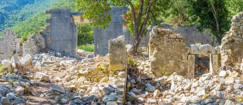 Olympos,土耳其废墟的全景  图库摄影