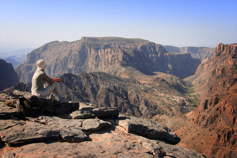 Omán: Turista en el punto de vista de Diana imagen de archivo