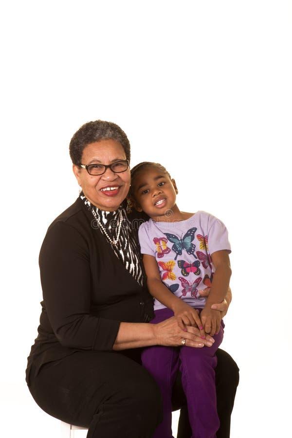 Oma en kleinkind stock afbeeldingen