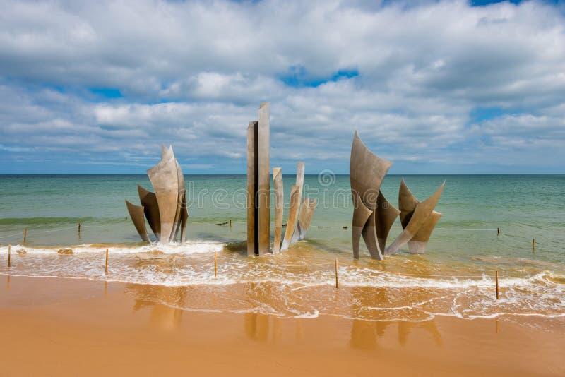Omaha plaży Pamiątkowa rzeźba w MER Normandy Francja fotografia stock