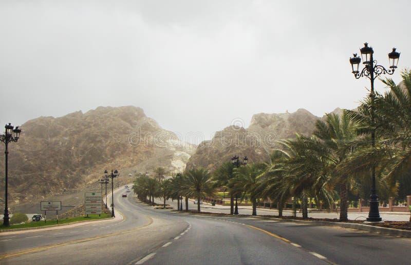 oman muscat Väg Al Bahri fotografering för bildbyråer