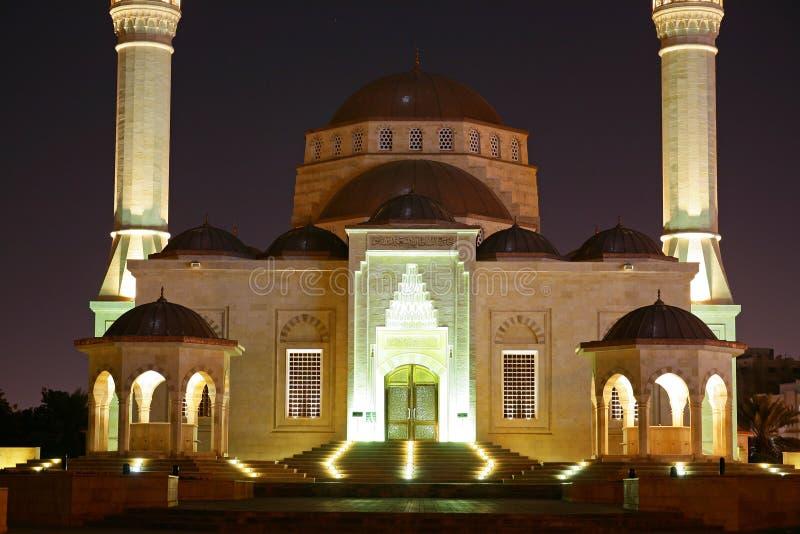 Oman, Muscateldruif - de Sultan Bovengenoemde moskee van Taimur van de bak stock afbeelding