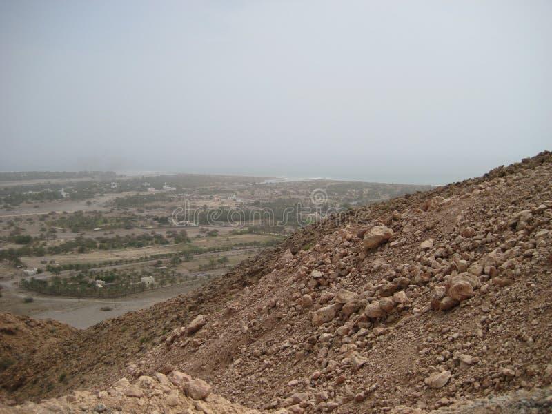 Oman południa pustynia między wybrzeżem i górami fotografia stock