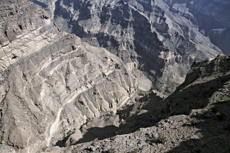 "Oman' s "" Μεγάλο φαράγγι ""  Το Wadi Nakhr στο Jabal υποκρίνεται τα βουνά στοκ εικόνες με δικαίωμα ελεύθερης χρήσης"