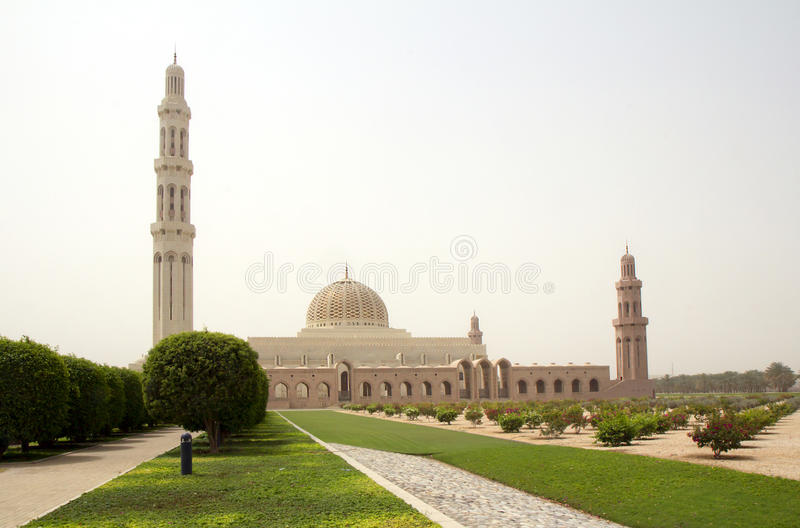 Oman. Sultan Qaboos Grand-moskee. stock afbeelding