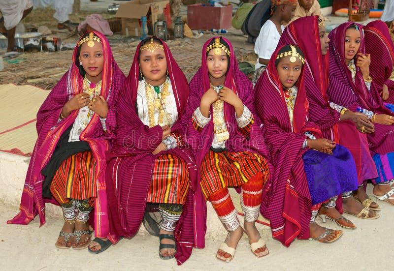 Omani Meisjes stock afbeeldingen