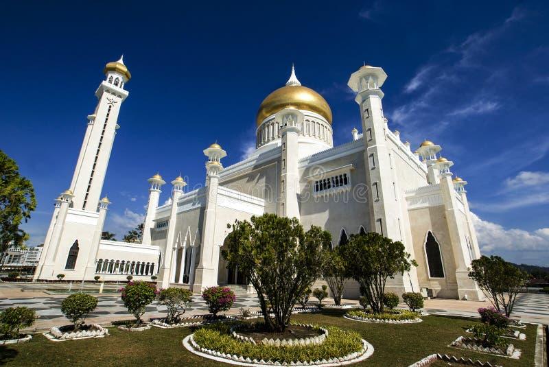 Omar Ali Saifuddin Mosque - Bandar Seri Begawan - Brunei Darussalam foto de stock
