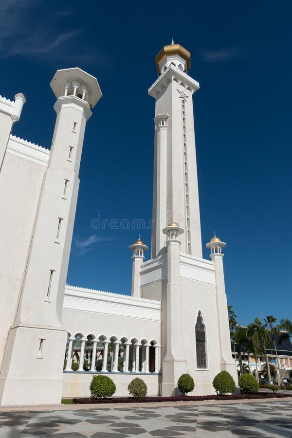 Omar Ali Saifuddin Mosque em Bandar Seri Begawan, Brunei Darussalam foto de stock