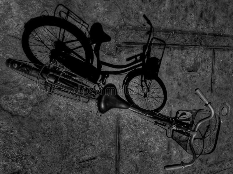 Ombra della bicicletta fotografie stock