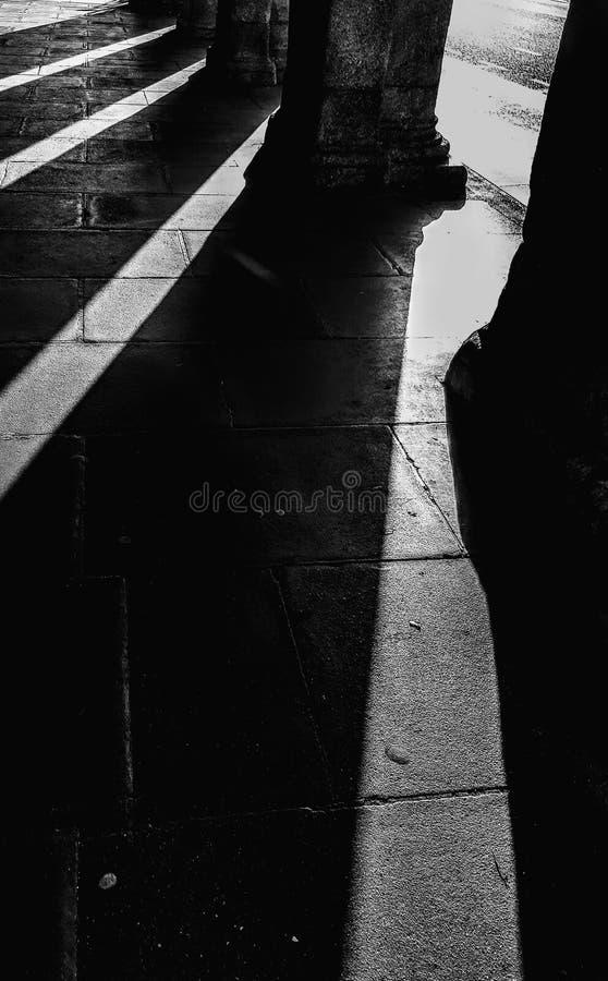 Ombra ed indicatore luminoso fotografie stock libere da diritti