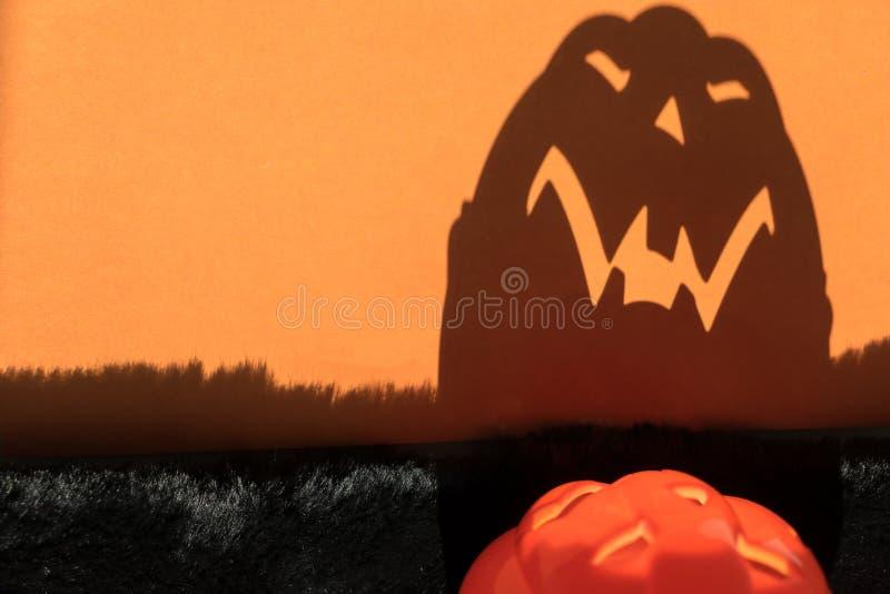 Ombra spaventosa della zucca di Halloween fotografia stock