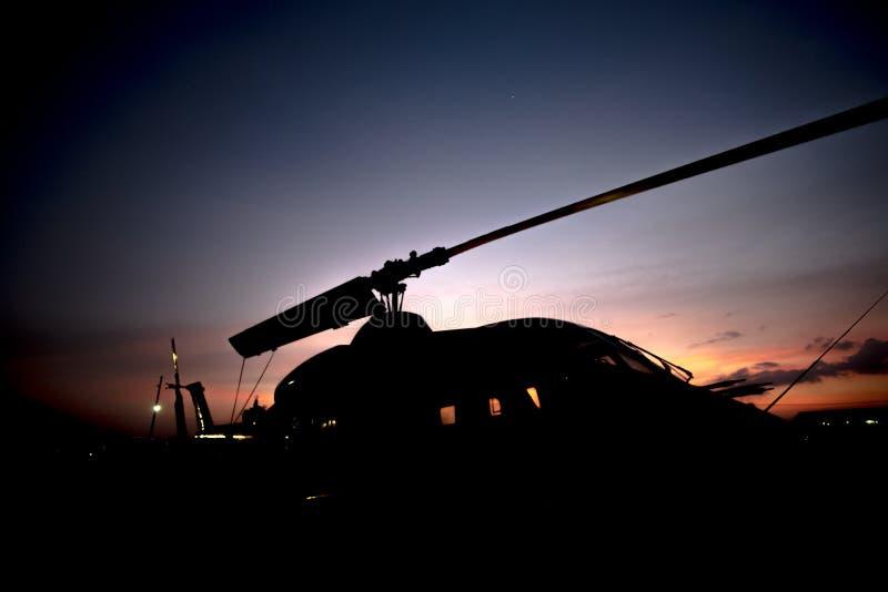 Ombre de Bell 214ST photographie stock