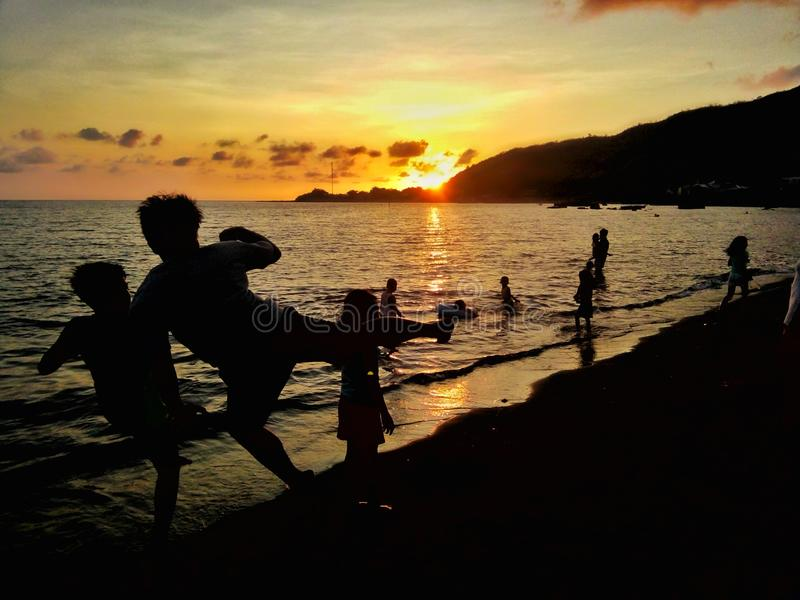 Ombre de coucher du soleil photo stock