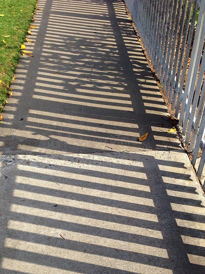 Ombre de trottoir image stock