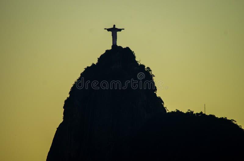Ombre du Christ le rédempteur à Rio photo libre de droits
